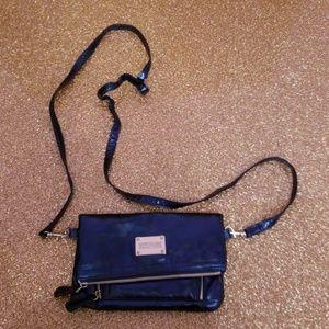 Kenneth Cole Reaction Crossbody Bag